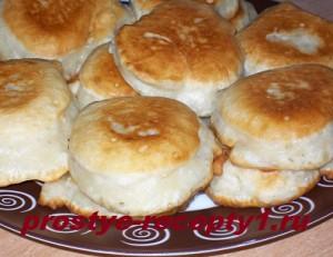 Пышные оладьи на дрожжах и молоке рецепт с фото пошагово