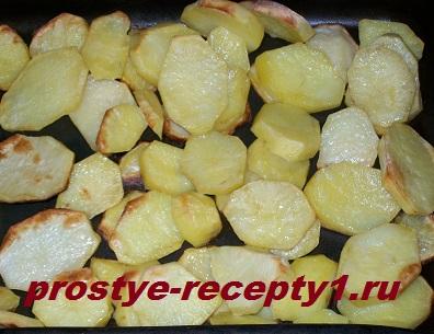 Печеная картошка кружочками с хрустящей корочкой