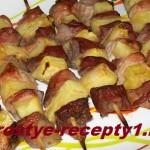 Мясо на шпажках в духовке
