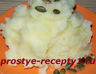 Kartofelnoe-pure-s-molokom1